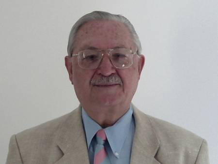Prof.Evangelos Konstaninou ( Präsident )